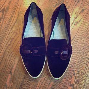 Velvet Buckle Tennis Shoes